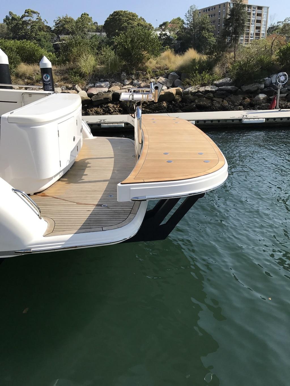 davco hydraulic swim platform 15